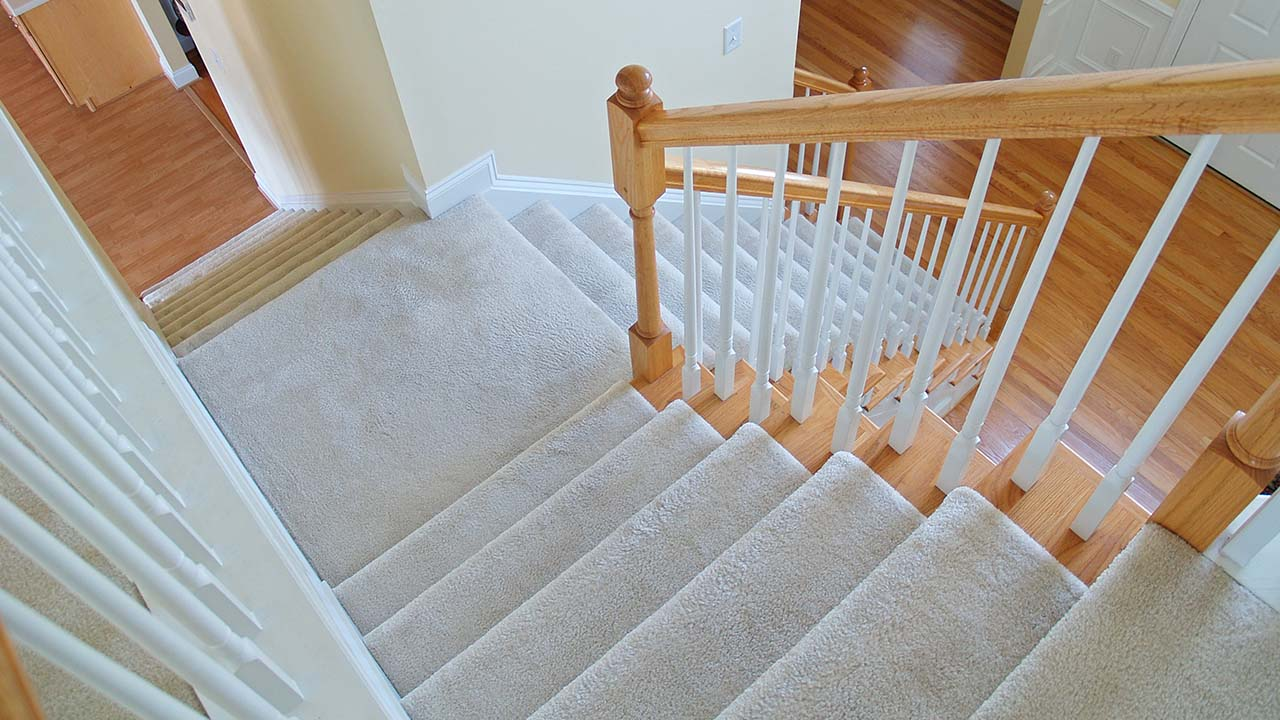 Before You Buy Staircase Carpets - 3 Things You Should Know