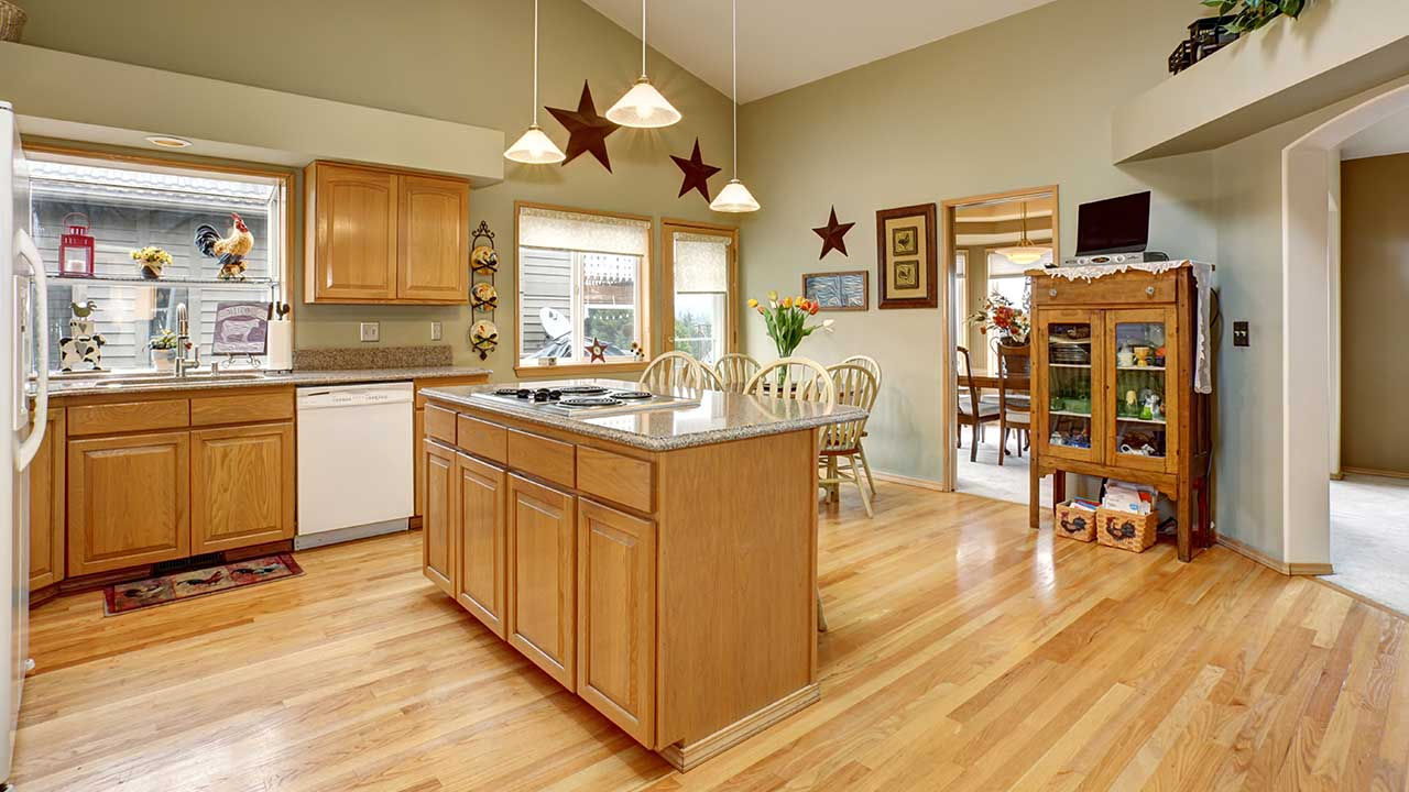 The Benefits of Hardwood Flooring Throughout Your Home