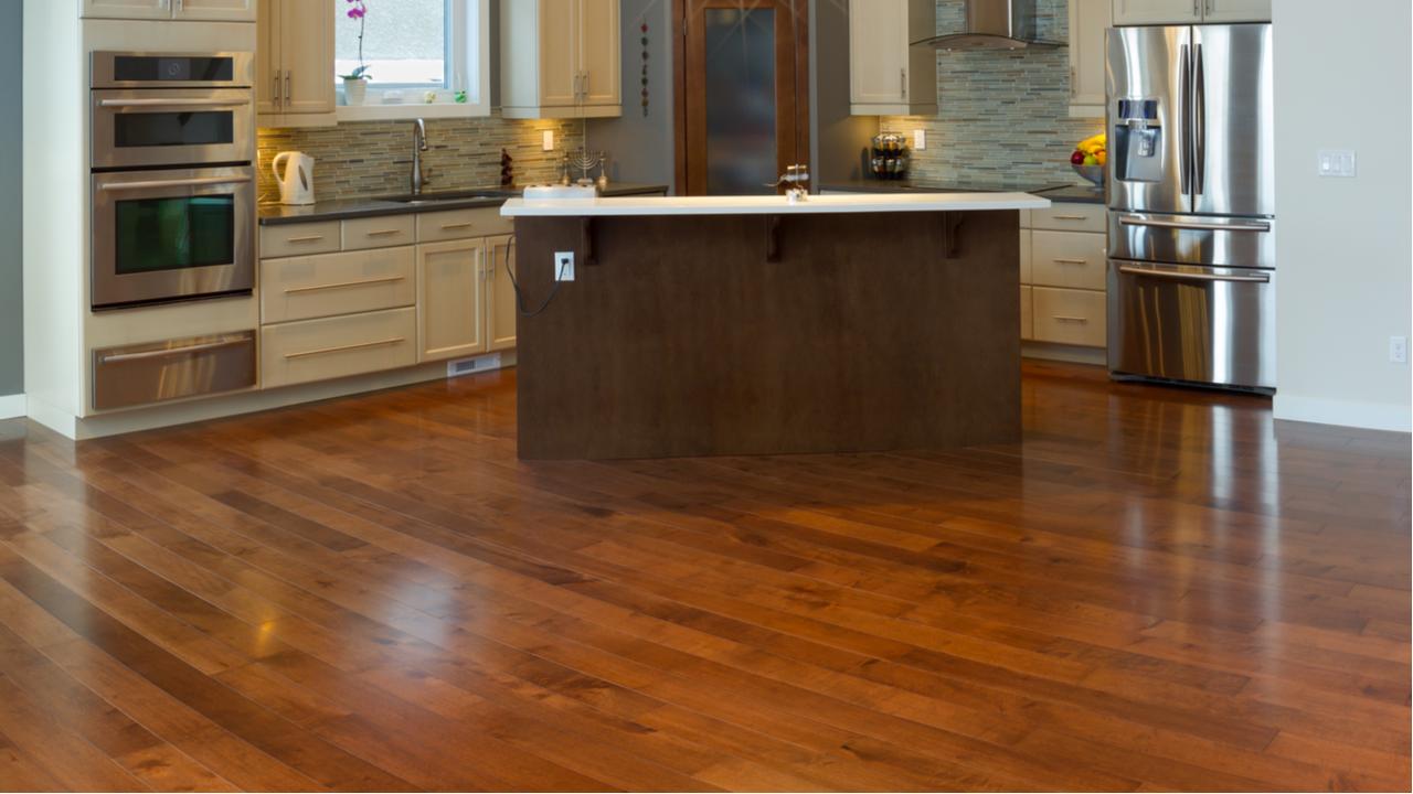 Advantages of Having Hardwood Floor in Your Kitchen